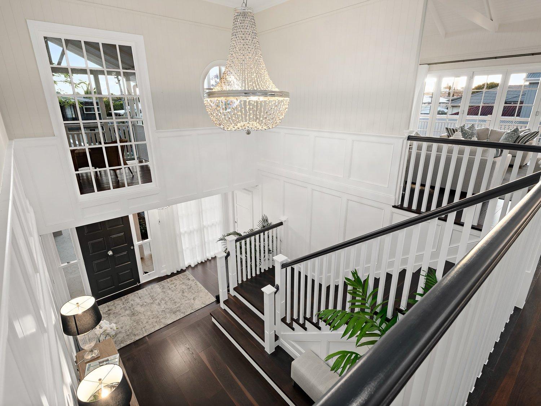 Hawthorne Hamptons House - Foyer