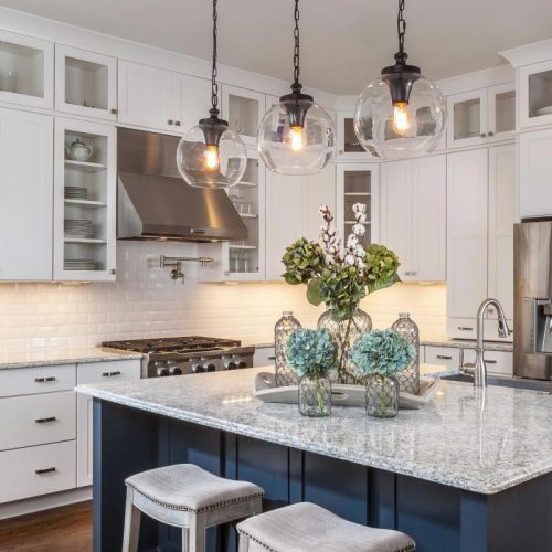 Small Kitchen Lighting Tips: Pendant Placement: 10 Bright Ideas For Kitchen Lighting