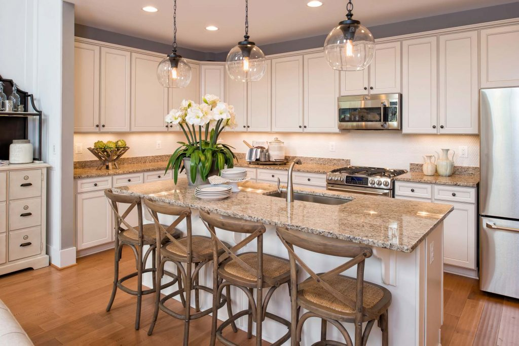 Image of: Pendant Placement 10 Bright Ideas For Kitchen Lighting Project 20