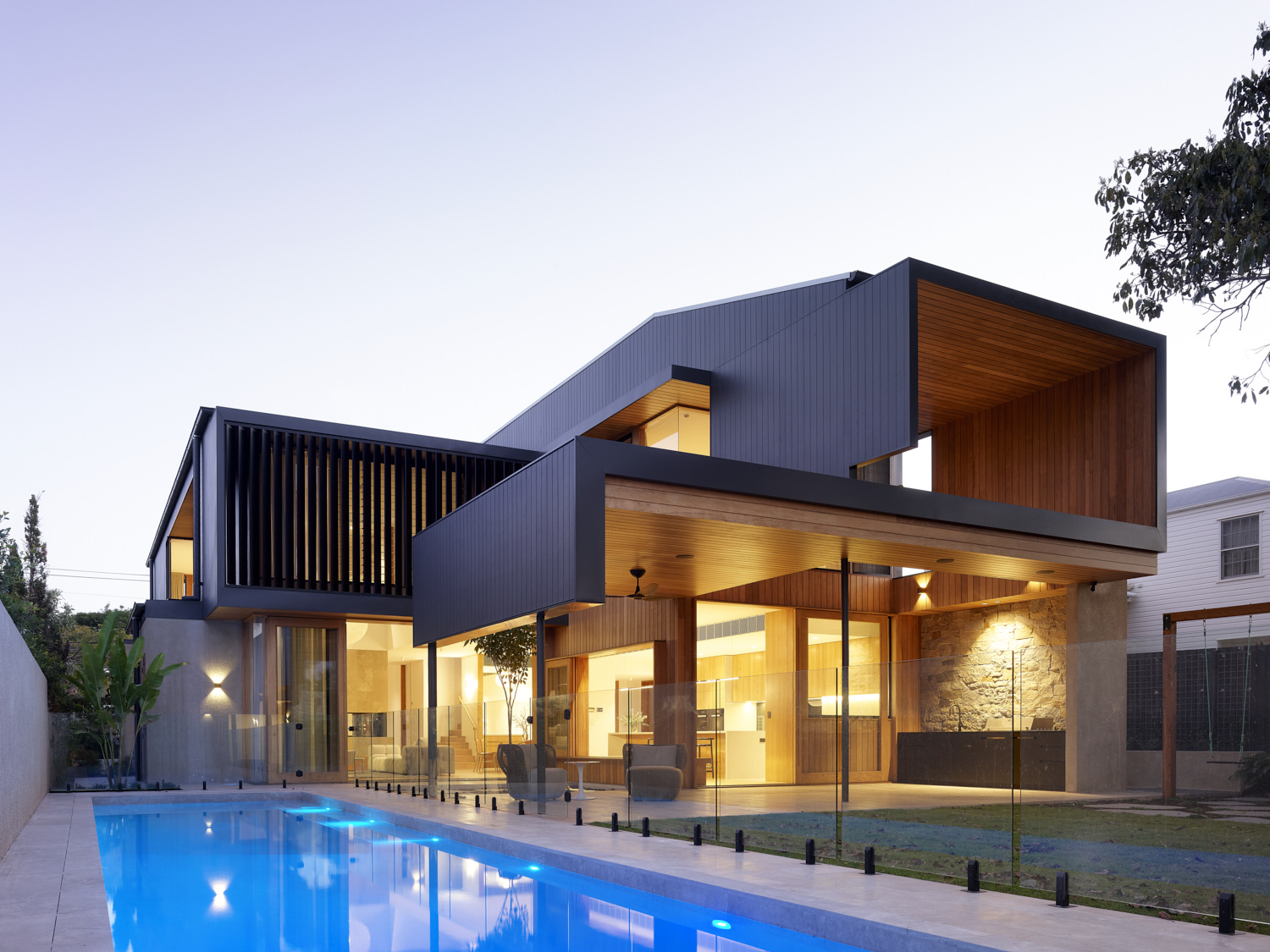 Ascot by Shaun Lockyer Architects + Black Developments